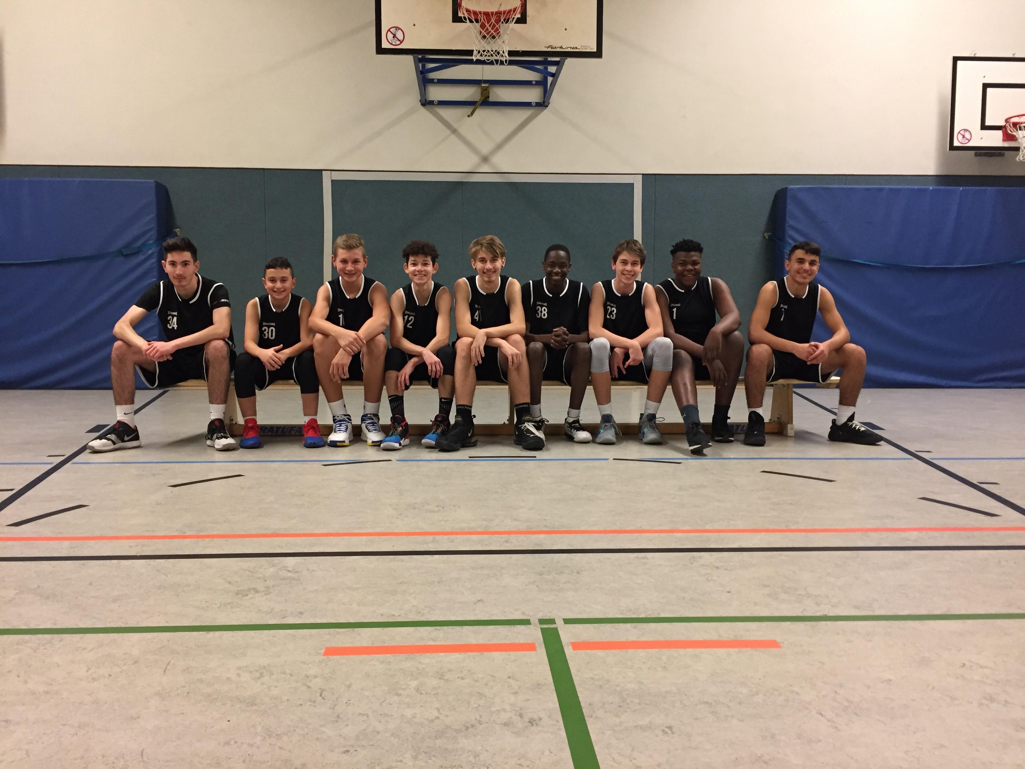 U16-Basketballer
